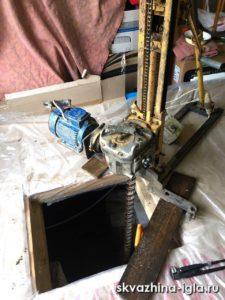 Скважина в подполе дома